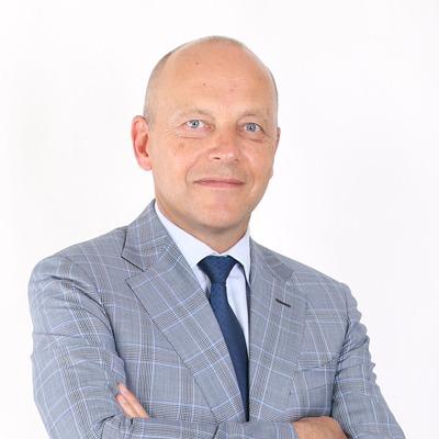 Dr. André Lagger