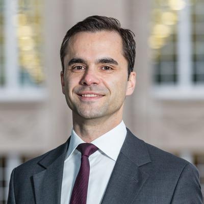Dr. Andreas Schertzinger